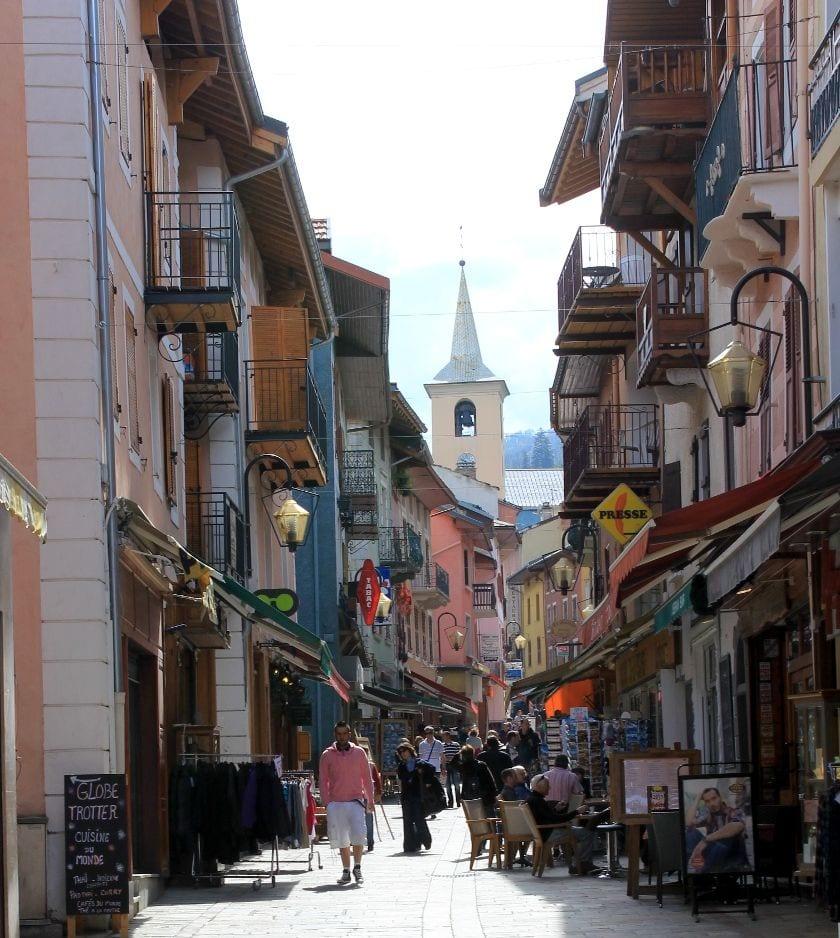 For foden af Alperne