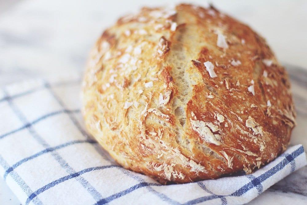 opskrift-verdens-bedste-brød-3-vand-mel-gær-salt-acie-blog-madblog-no-knead