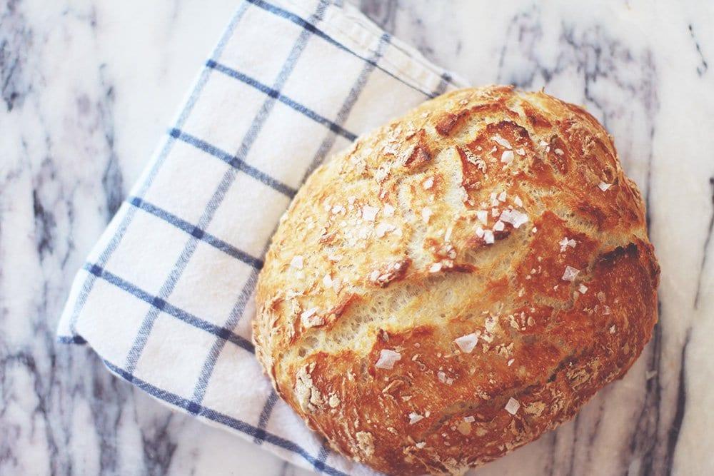 opskrift-verdens-bedste-brød-2-vand-mel-gær-salt-acie-blog-madblog-no-knead