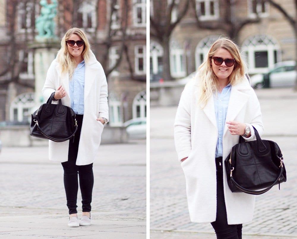 OUTFIT - jeans og lyseblå skjorte..