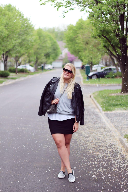 OUTFIT - Grey felt slipons fra Zara