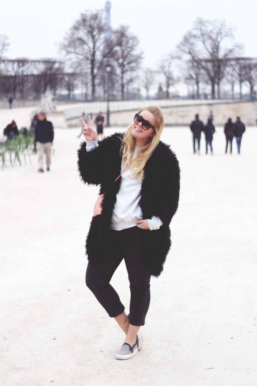 outfit-graa-soendag-i-paris1-1