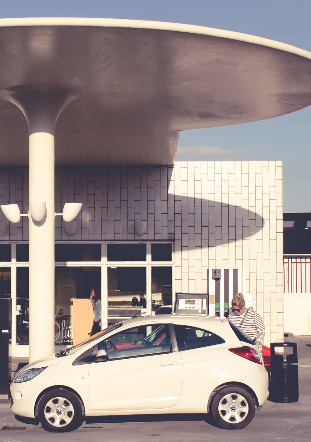 arne-jacobsen-tankstation-fdm-1-of-1