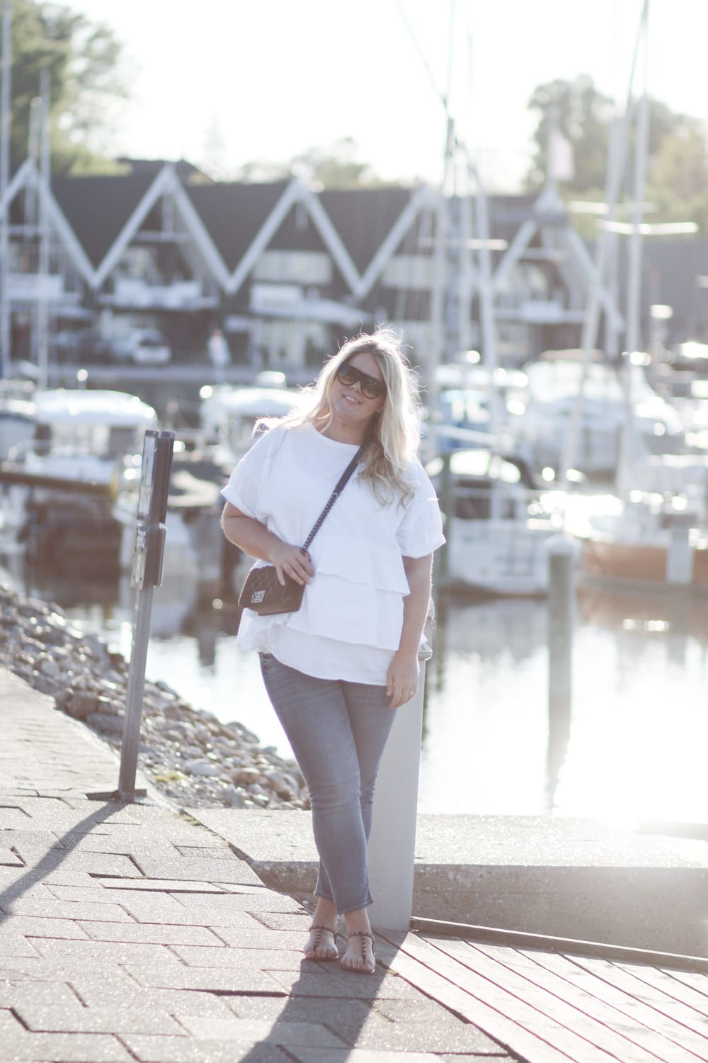 acie-outfit-rungsted-zara-tee-flaeser-celine-6-of-23