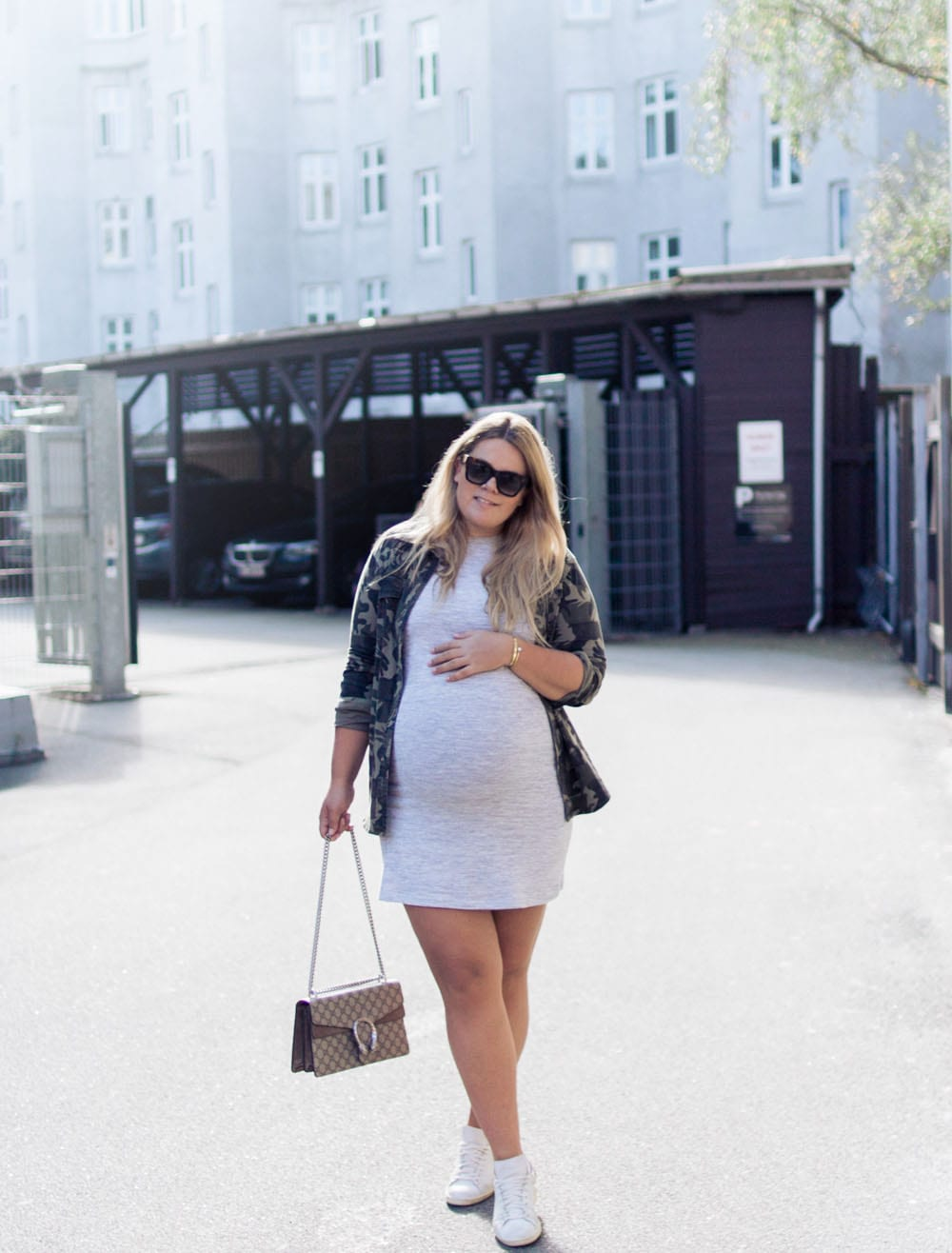 gravid-kjole-acie-uge-40-outfit-15-of-15