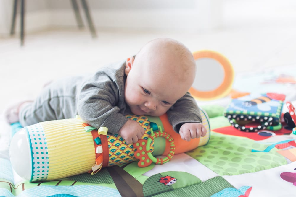 legeakademiet-hvordan-stimulerer-du-baby-2-mdr-2-of-12