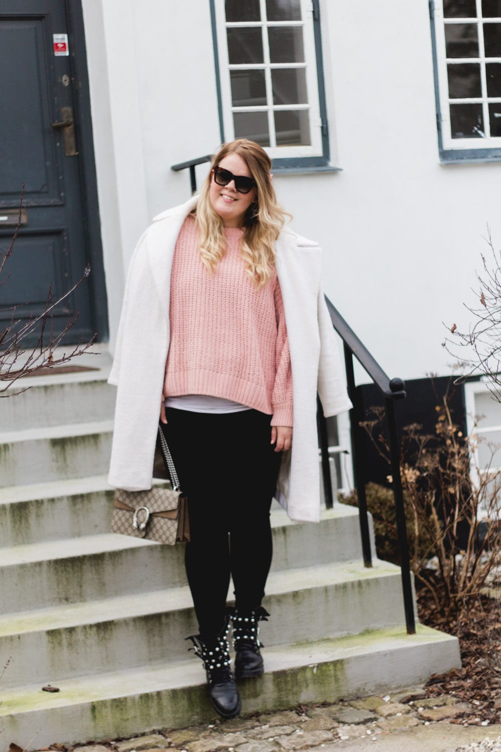 weekend-brunch-pink-knit-zara-boots-jeans-4-of-6
