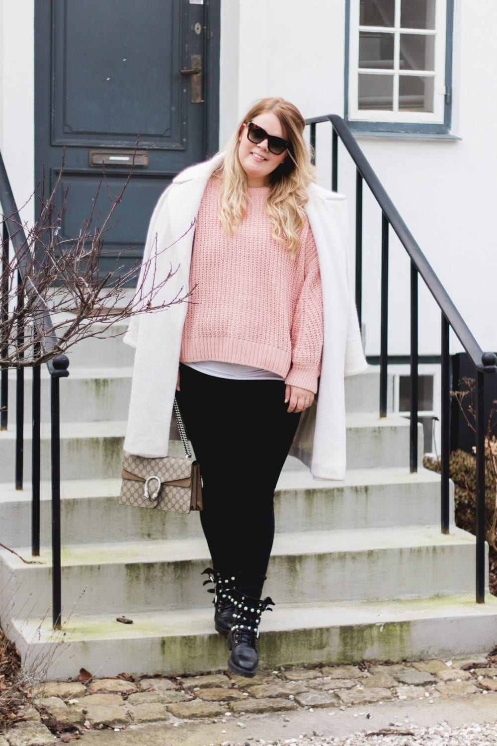 weekend-brunch-pink-knit-zara-boots-jeans-5-of-6